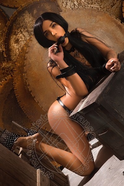 Lady Jennifer  ROMA 3888959287